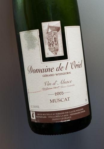 muscat-2005-domaine-de-l-oriel.jpg