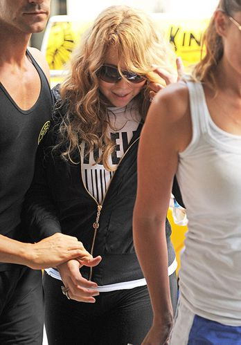 mariah-carey-reveals-a-slimmer-post-babies-body-in-la-photo