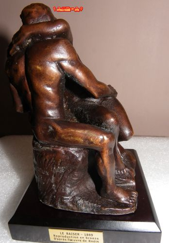 LE-BAISER-REPRODUCTION-EN-BRONZE-de-RODIN-5.JPG