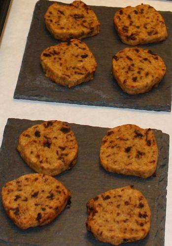 Biscuits aux tomates séchées et pignons