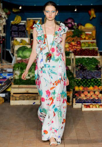 Robe-a-fleurs-Moschino-Cheap---Chic.jpg