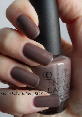 OPI Over the Taupe copie