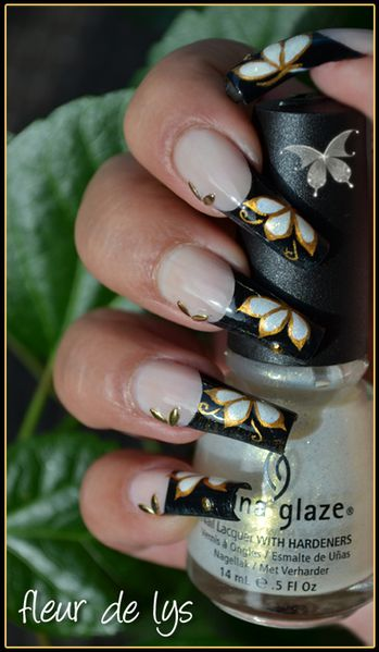 Nail Art Papillon d'Or