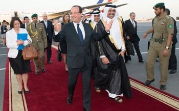 hollande-qatar.jpg