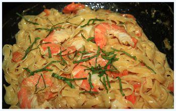 Tagliatelles-paglia-et-fieno-aux-crevettes 6406