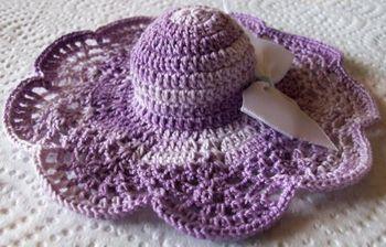capeline mauve au crochet