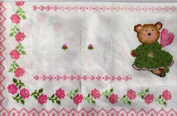 broderie-pour-petite-fille.jpg
