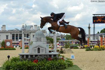 jo-londres-2012-equitation-obstacle-or-angleterre-delestre-.jpg