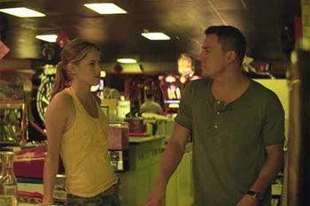 Magic-Mike---Cody-Horn-et-Channing-Tatum.jpg