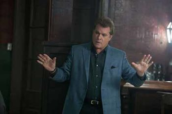 Killing-Them-Softly---Ray-Liotta.jpg