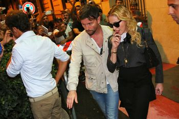 20130821-pictures-madonna-hard-candy-fitness-center-rome-01.jpg