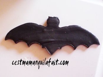 fantome en chocolat halloween chauve souris en cho-copie-9
