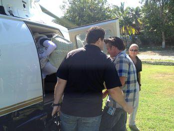 20131127-pictures-madonna-visits-ile-a-vache-haiti-05