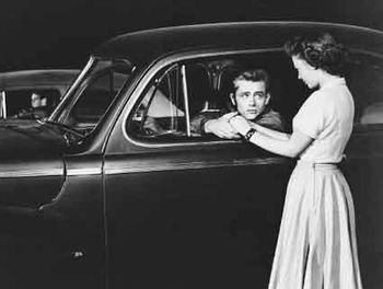 La-fureur-de-vivre---James-Dean-et-Natalie-Wood-copie-1.jpg