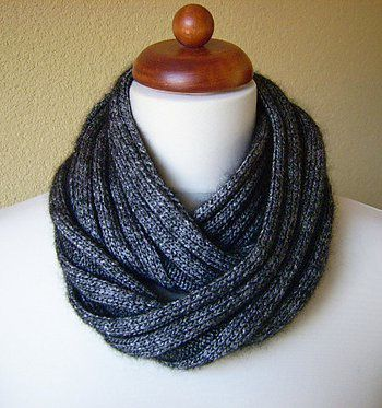 looped loop knitsnood