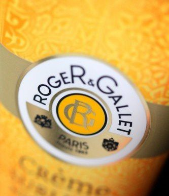 roger-gallet-creme-sublime-bois-d-orange-mains-et-ongles.jpg