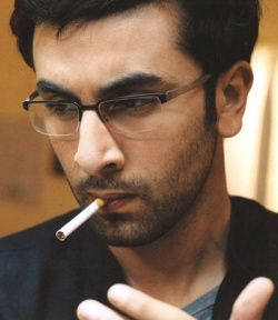 ranbir-kapoor-smoking.jpg