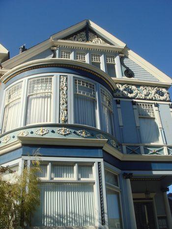 C 39 est une maison bleue - Chanson une maison bleue ...
