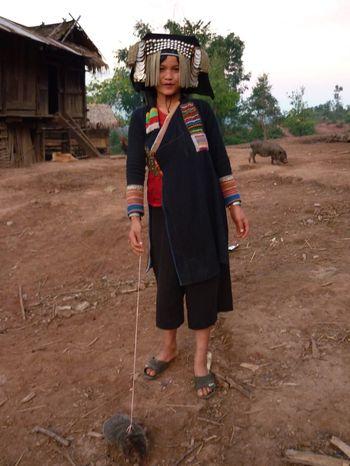 087 Jungle trekk-femmes Akha