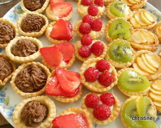 mini tartelettes aux fruits et mini tartelettes mousse chocolat le blog pause nature. Black Bedroom Furniture Sets. Home Design Ideas