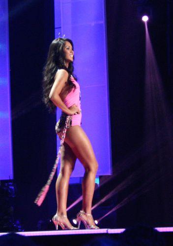Miss-Guyane-maillot-de-bain.JPG