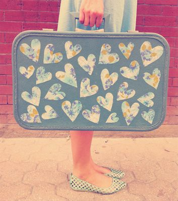 vintage-heart-suitcase-DIY.jpg