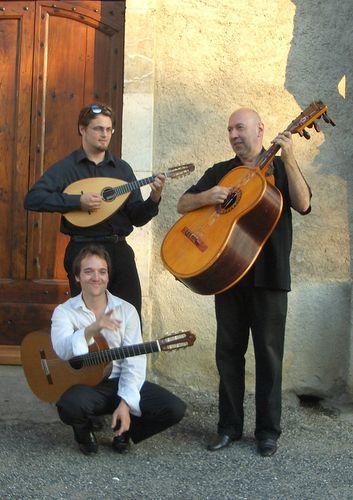 Trio Guitarson