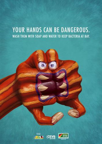 your-hands-can-be-dangerous-1-laisse-moi-te-dire.jpg