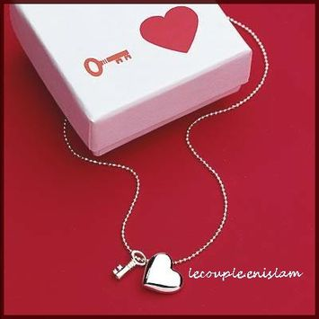key_to_heart_necklace400.jpg