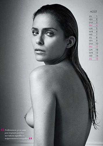 clara-morgan-calendrier-2013-aout.JPG
