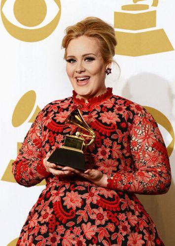 grammy-awards-2013-red-carpet-adele-1.JPG