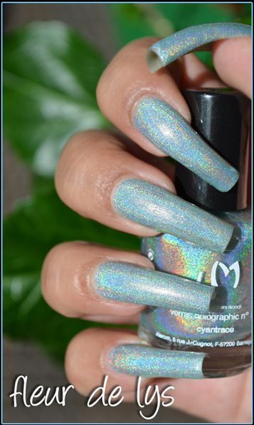 LM Cosmetic Cyantrace swatch