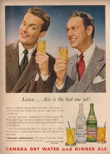 1944-Canada-Dry-Ginger-Ale-Water-vintage-photo.jpg
