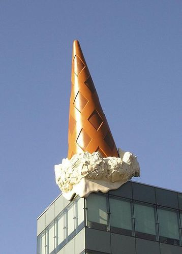claes-Oldenburg--Glace.jpg