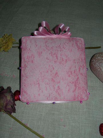 pinkeepchristelle231009dos1.jpg