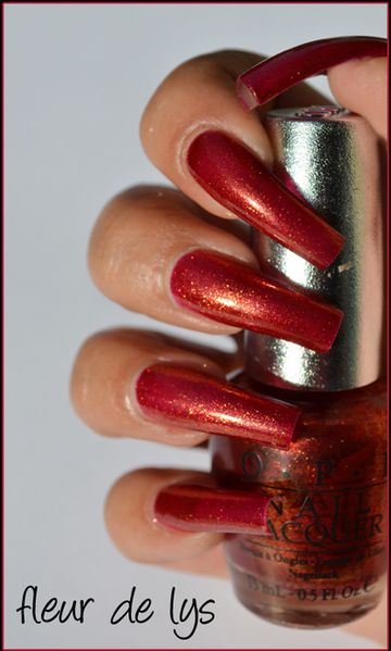 OPI Indulgence swatch
