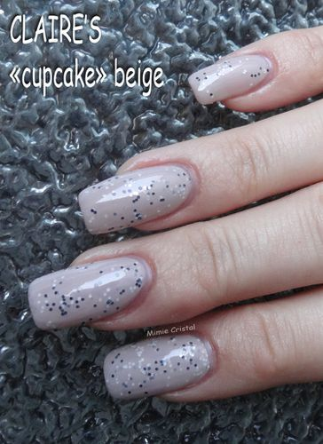 CLAIRE'S cupcake beige 03
