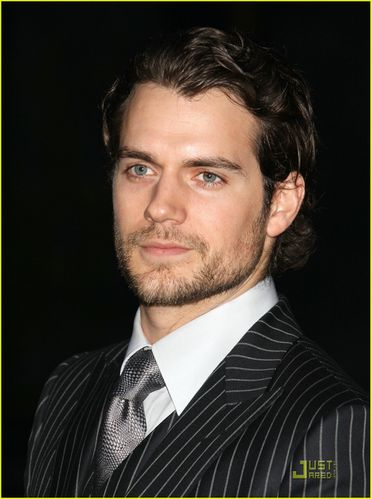 henry-cavill-state-supreme-courthouse-04.jpg