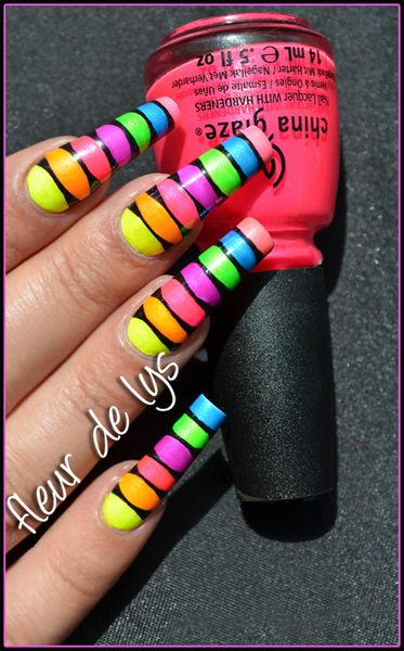 Nail Art Totally fluo