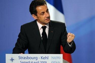 Sarkozy répondra au dictateur iranien ce soir à la TV française