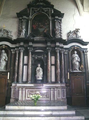 En 2006 Jai Pris Plusieurs Photos De La Vierge Et LEnfant Bruges Lglise Notre Dame Visite Cette Glise Tait Libre Comme Cest Le Cas
