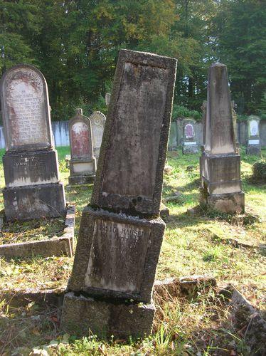 Cimetiere-juif-octobre-2011-044.JPG