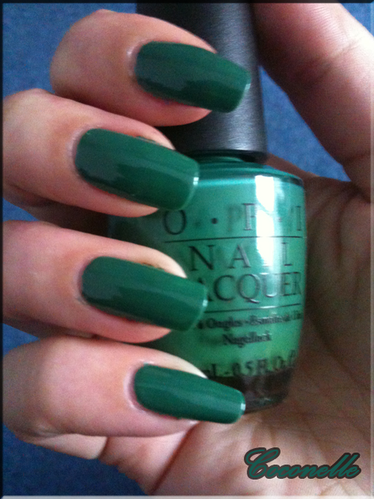 opi-jade-is-the-new-black2.png