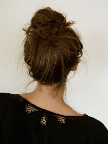 12-french-bun-hair-how-to_sm.jpg