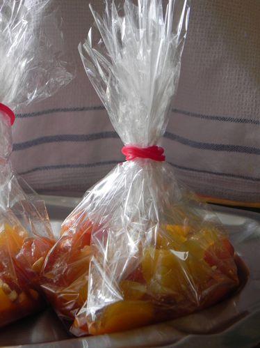 Papillote-de-poulet-aux-abricots-et-noix-de-cajou--2-.JPG