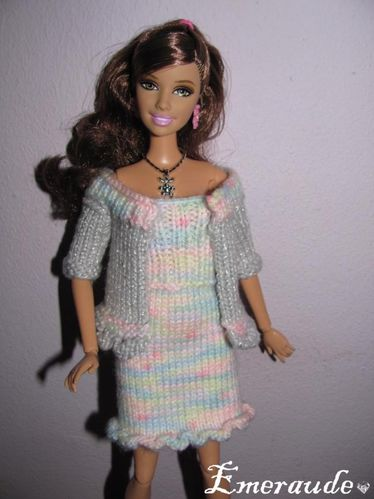 Tricot Barbie , ensemble robe gilet - 11.11.22 - 01