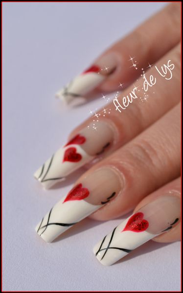 Nail Art French St Valentin
