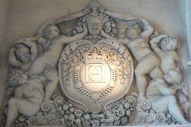 H C D pour Henri II, Catherine de Médicis et Diane de Poitier