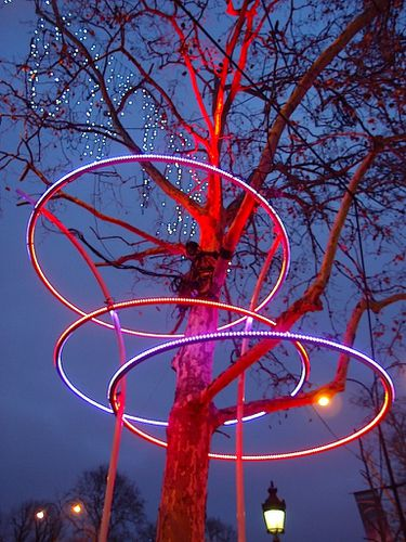 champs-elysees-lumiere.JPG