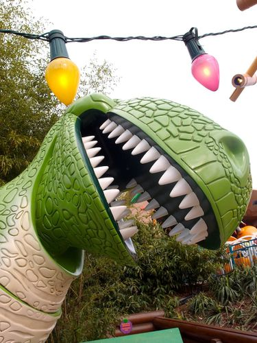 dinosaure-disney-copie-1.JPG